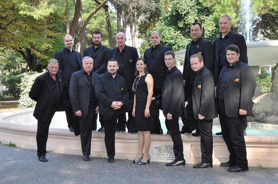 Vokalna skupina Chorus'97, Miren